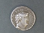 Řím císařství, Marcus Antonius 32 př.n.l. - Denár, Syd 1208, Sear 346