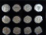 sada 24 ti pamětních medailí 2014 z cyklu Kalendárium, 24x 1 OZ Ag, č.78, certifikáty, 2x etue