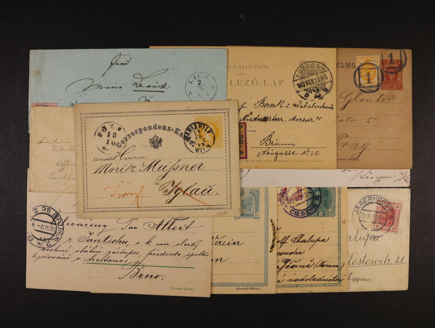 sestava cca 80 ks různých celin a celistvostí z celého světa z let 1870 - 1940, převážně použitých, zajímavé frankatury, razítka, k prohlédnutí