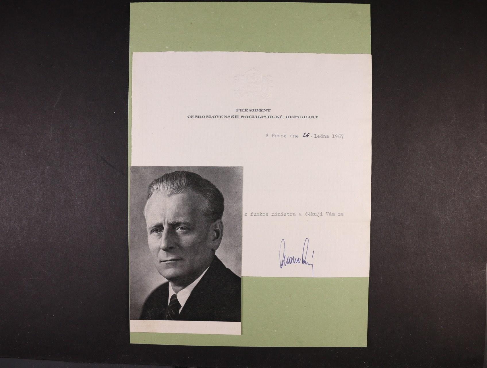 Novotný Antonín 1904 - 1975, prezident ČSR v letech 1959 - 68 - oficielní hlavičkový papír s vlastnoručním podpisem a datací 20.ledna 1967