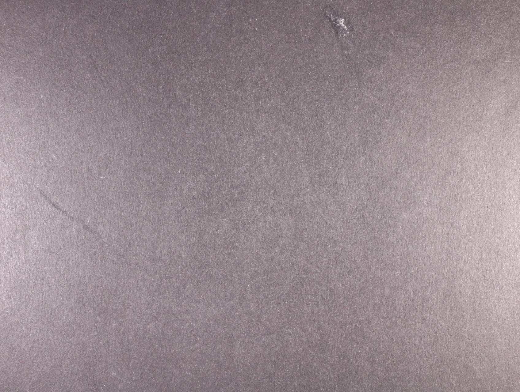 Černá Hora - menší nekompl. sbírka zn. z let 1874 - 1910, cca 800 EUR, uloženo na zasklených listech