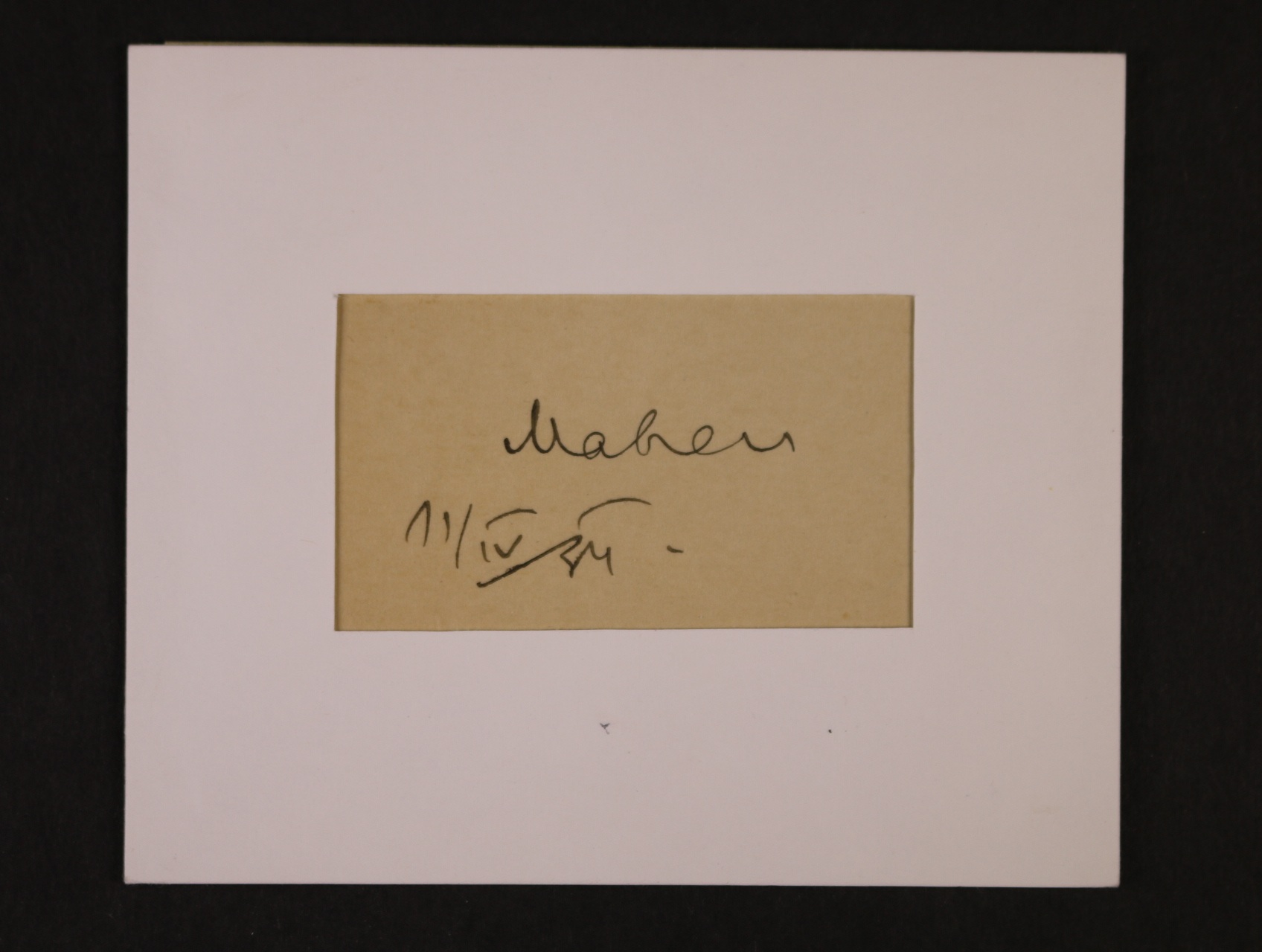 Mahen Jiří 1882 - 1935, český spisovatel a dramatik - ústřižek papíru s vlastnoručním podpisem a datací 11.4.34