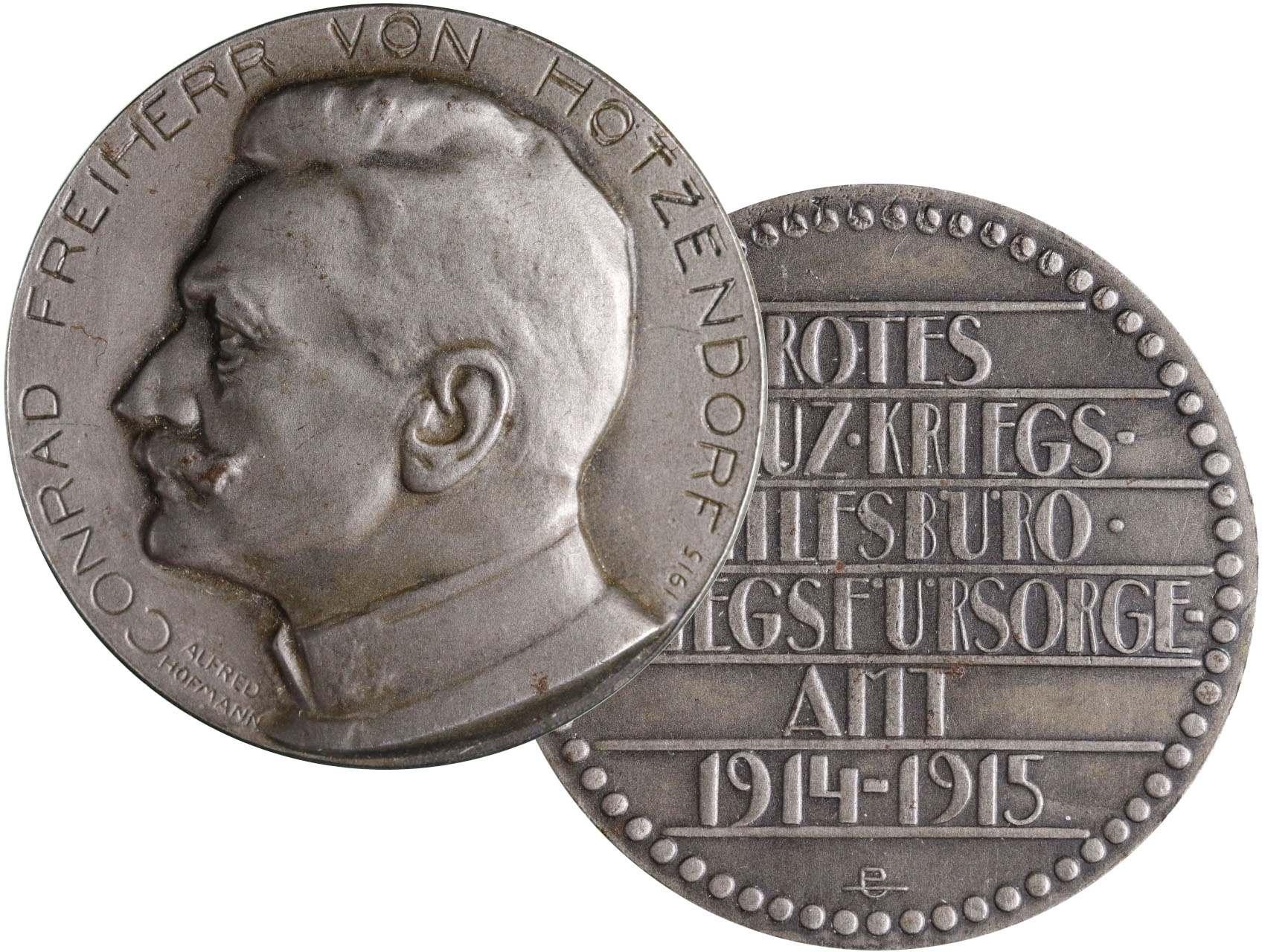 Hofmann Alfred 1879-1968 - AE medaile Conrad Hotzendorf 1915. Portrét zleva, opis / text (ROTES KREUZ KRIEGS HILFSBÜRO KRIEGSFÜRSORGE AMT 1914-1915). Zinek 45 mm