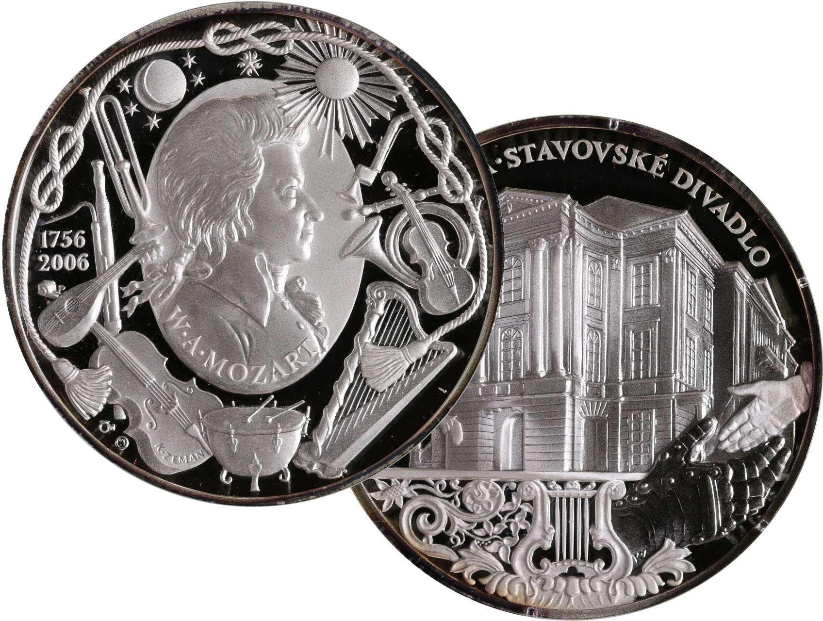 Zeman Karel 1949 - AR medaile 2006 k 250. výročí narození W. A. Mozarta. Portrét zlprava v oválu, kolem zednářské a hudební symboly / průčelí Stavovského divadla, opis. Ag 999, 42 g., 50 mm