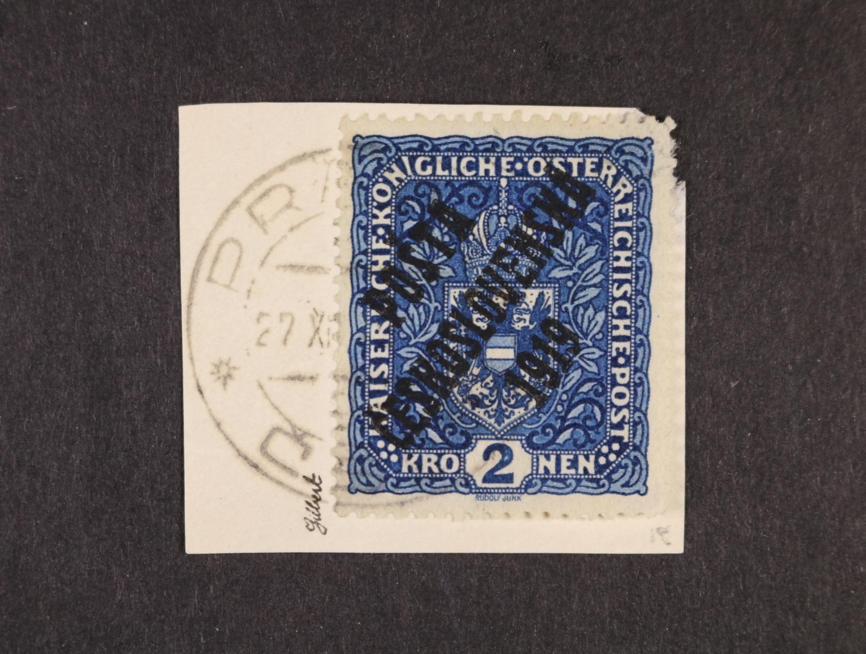 zn. č. 48a II 2K tmavěmodrá, II. typ, na výstřižku s raz. PRAHA, zk. Gilbert, Stupka