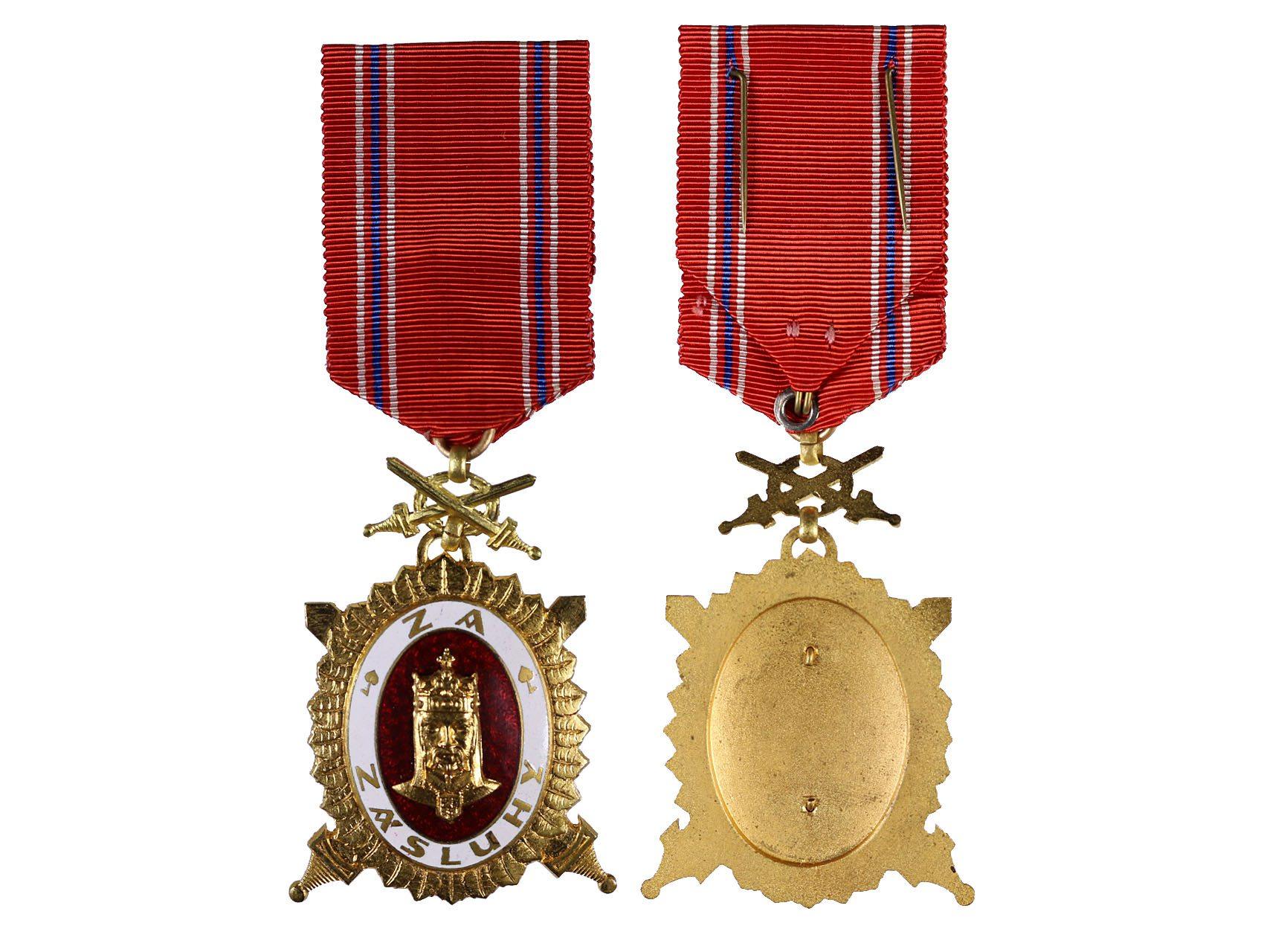 Diplomový čestný odznak krále Karla IV., stupeň čestný člen, Zlatý čestný odznak 1. třídy za vojenské zásluhy, typ 1945-1949, N96a1a