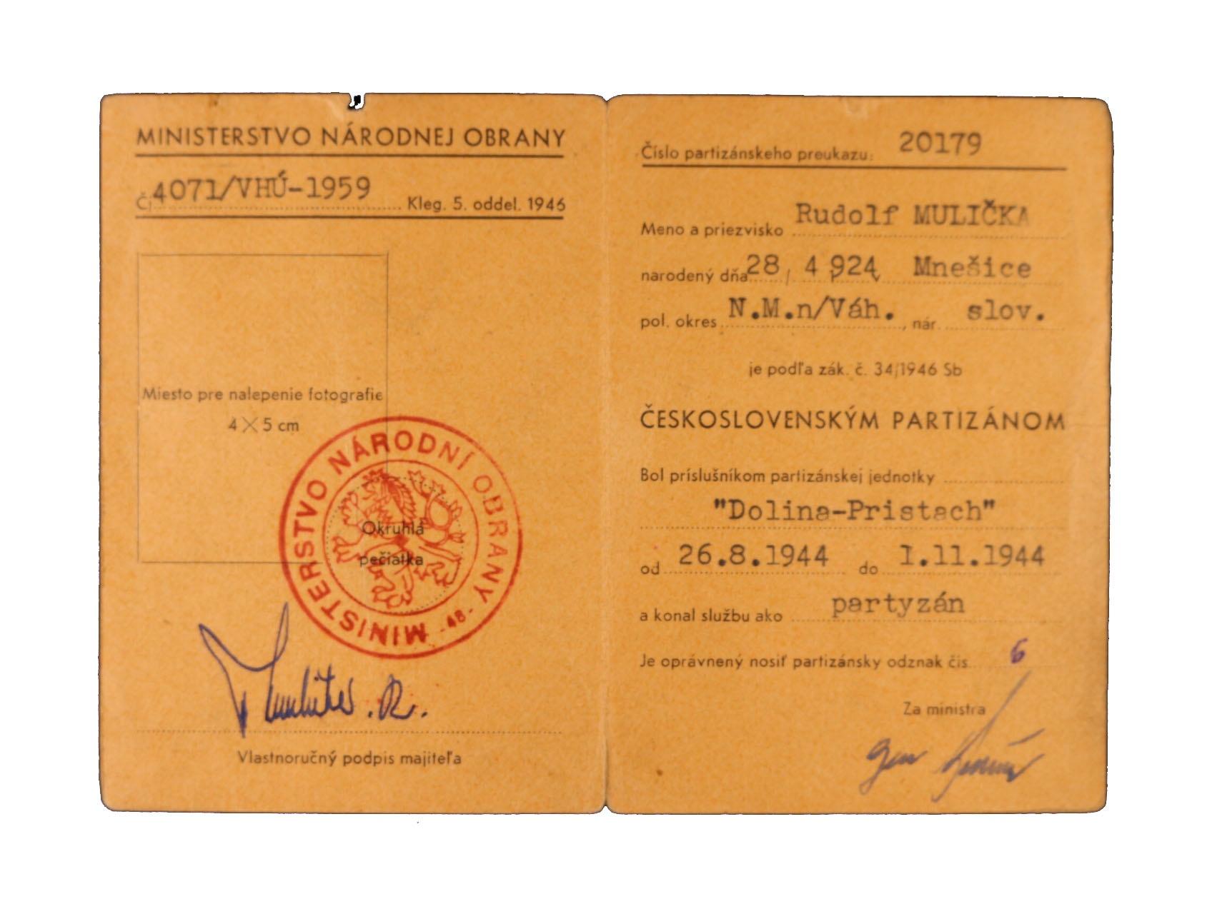 Partyzánský průkaz na jméno R. Mulička