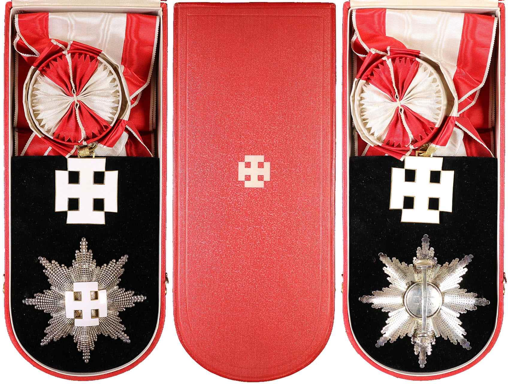 Záslužný řád Rakouské republiky, Velký čestný odznak na stuze s hvězdou, pozlacený a postříbřený bronz, smalty, výrobce Anton Reitterer Wien, původní etue, Marko 508, 509