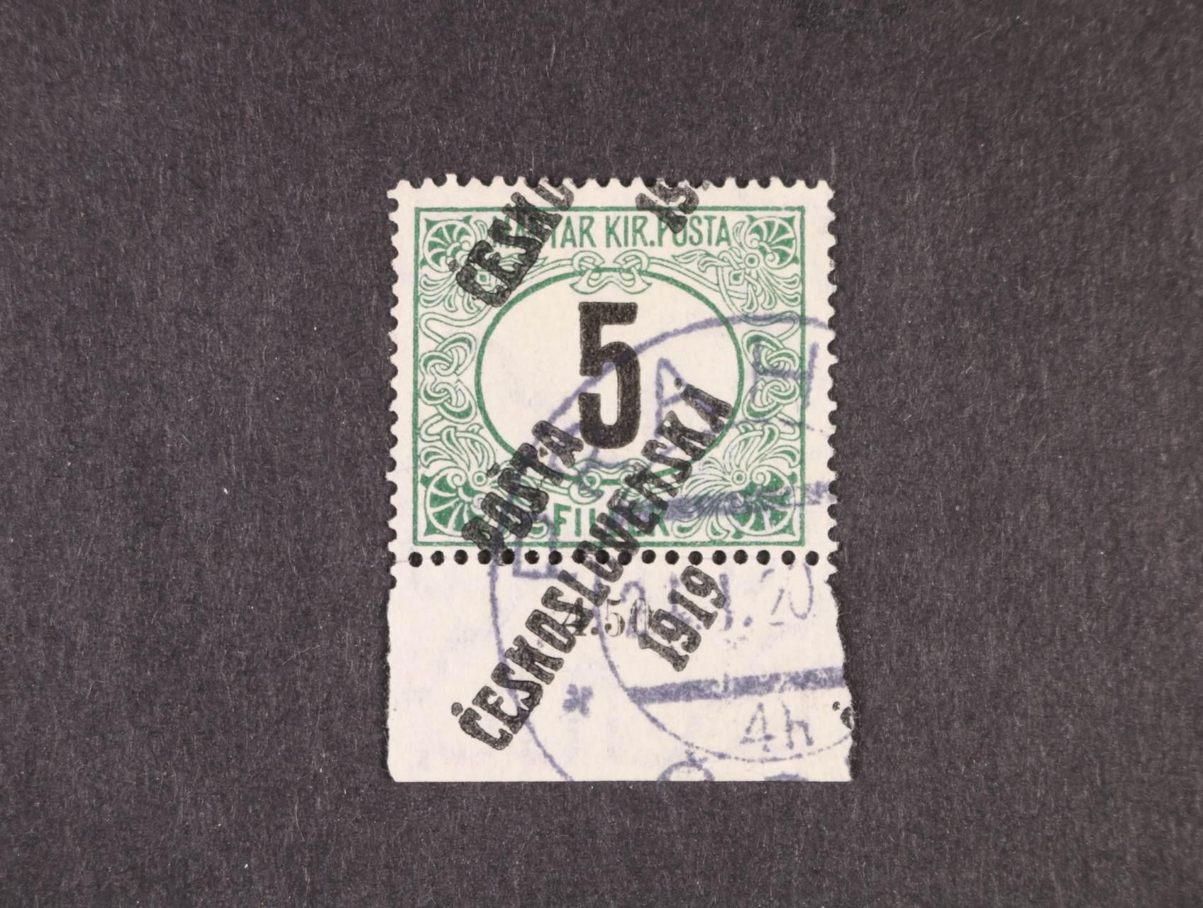 nevydané známky- 5fil. černé číslo s přetiskem F se spodním okrajem a silným posunem přetisku, zk. Lešetický, atest Möps, kat. Merkur 40000 Kč