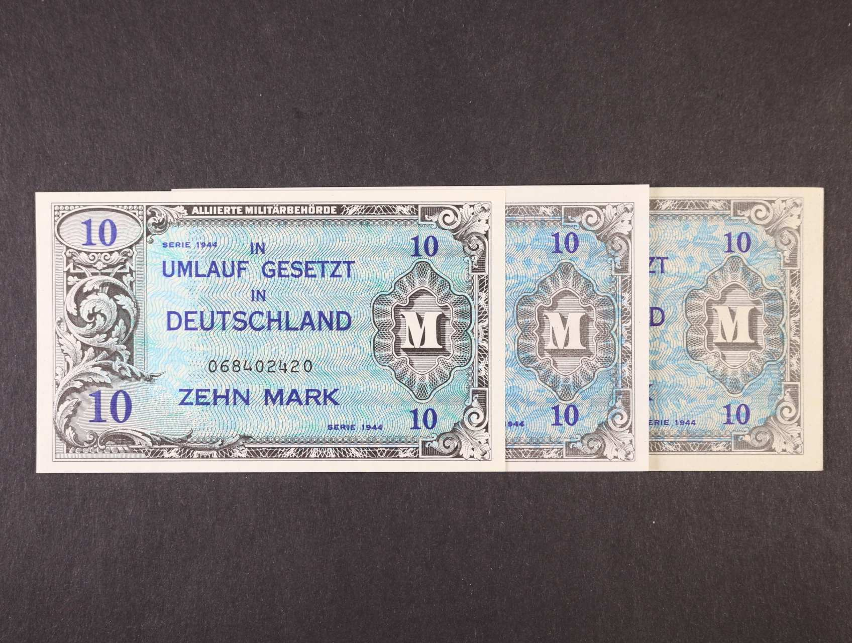 Allierte, 10 Mark 1944 9-ti místný číslovač, tisk USA + 8-mi a 9-ti místný číslovač, tisk SSSR, platné na ČS území, Ro. 203 a, c, d, Ba. AM4a, c, d