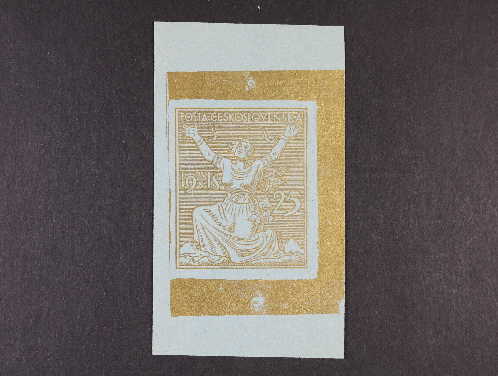 předlohový ZT hodnoty 25h, větší formát 45 x 55 mm, linkované pozadí s letopočtem vlevo a hodnotovou číslicí vpravo, v barvě zlaté na světlemodrém papíře z nevyčištěné desky