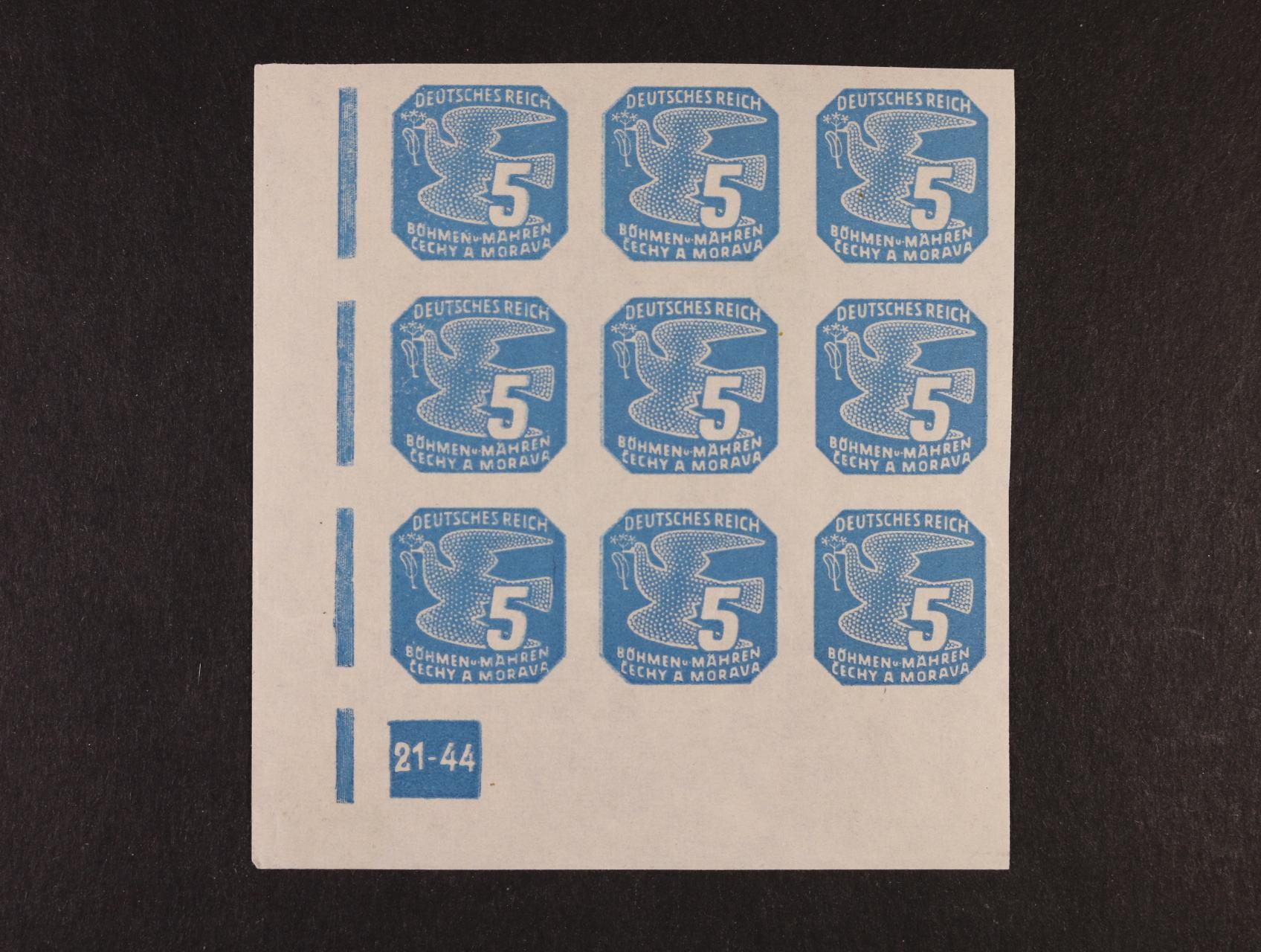 Novinové - zn. NV č. 11 - levý spodní roh. 9ti-blok s DZ 21-44 v první a zejména druhé svislé řadě dvojitý tisk