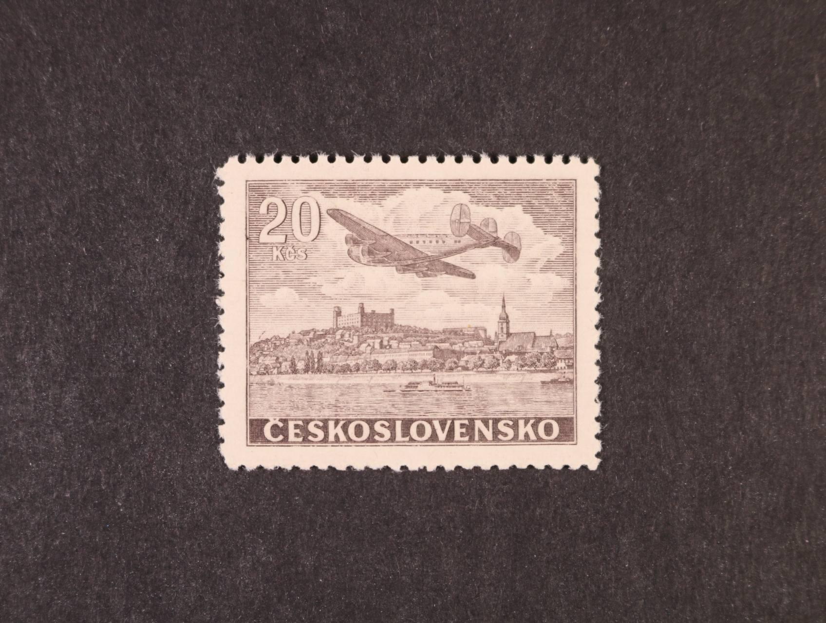zn. L č. 22 N 20 Kčs hnědá, zk. Gilbert, kat. cena 3500 Kč, lux. kvalita