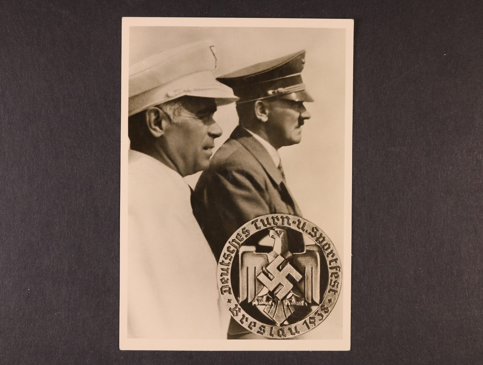 jednobar. fotopohlednice Deutsches Turn - u. Sportfest Breslau 1938, na zadní str. zn. a pam. raz., dobrá kvalita