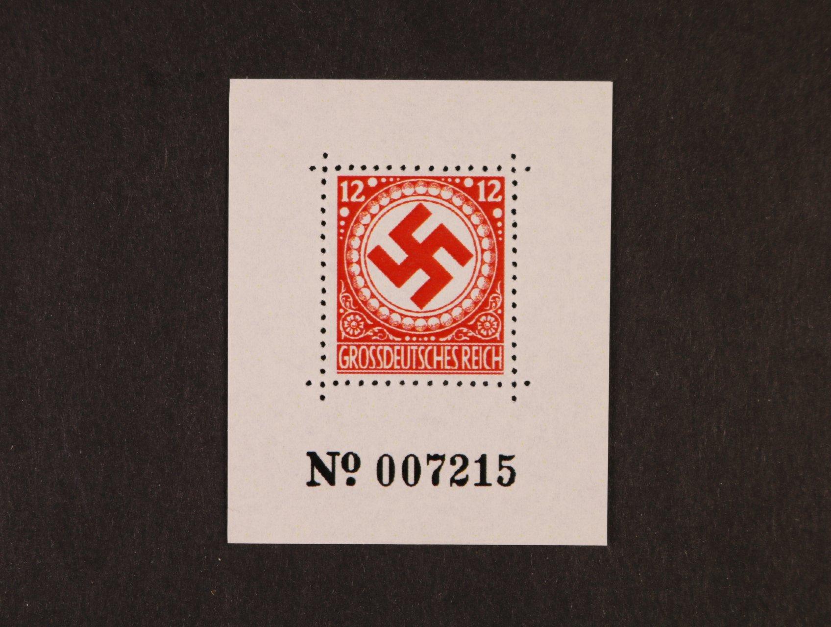 Propagační Falza - privátní tisk s hodnotou 12pf v červené barvě na kousku papíru v aršíkové úpravě, číslované
