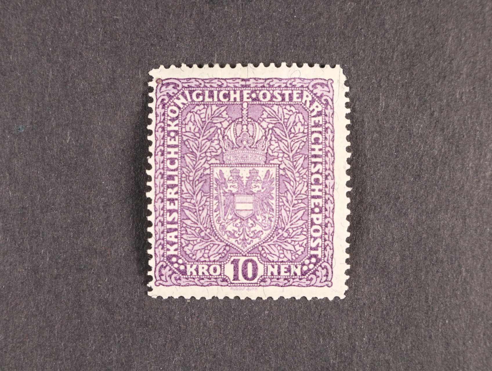 zn. Mi. č. 211 I A 10K fialová žilkovaný papír, úzký formát